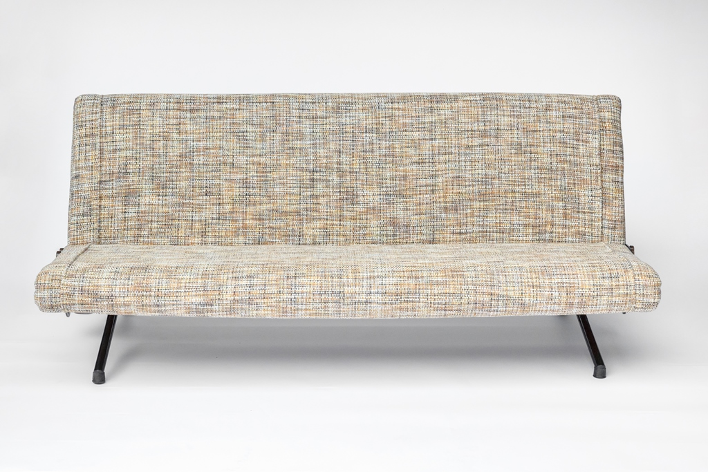 Sofa D70 by Osvaldo Borsani for sale